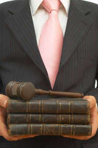 Assisting a Lawyer as a Paralegal